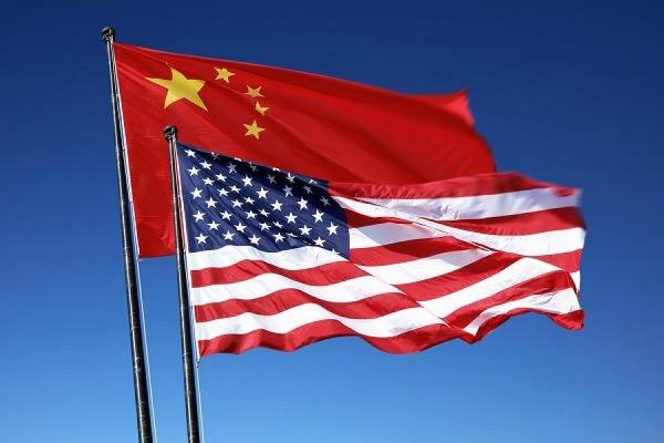 Пекин направил истребители икорабли для вытеснения американского эсминца