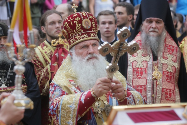 Наталья Поклонская и еще 60 тысяч верующих приняли участие в Царском крестном ходу. ФОТО