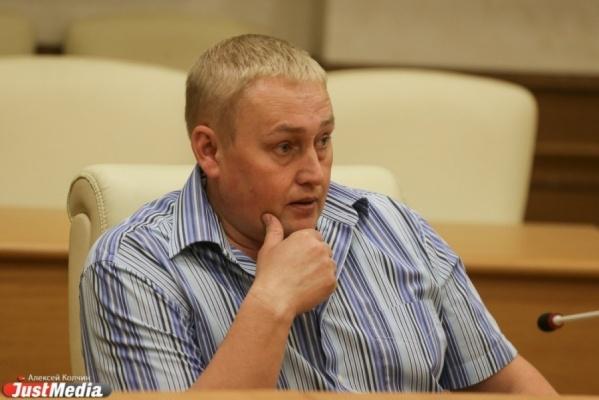 «Можете продолжать ругать чиновников». Депутат Альшевских, предложивший спорный законопроект о штрафах в соцсетях, успокоил пользователей