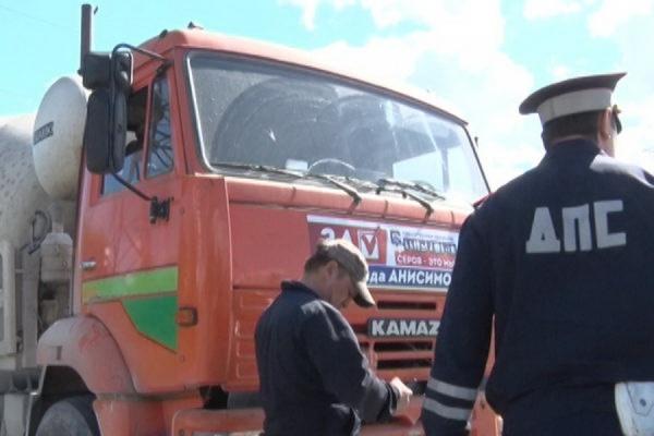 Серов: неизвестные похитили агитационные материалы «Единой России»