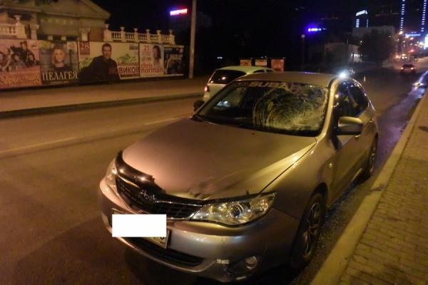 Вцентре Екатеринбурга шофёр иномарки насмерть сбил мужчину, который перебегал дорогу