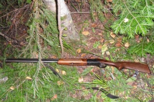 Ужителя Ивделя арестовали охотничьи ружья задолг поДТП
