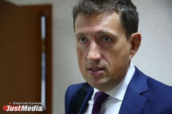 Бек иТимашов подрались натренировкеХК «Автомобилист», канадец выбыл намесяц