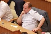 Депутат-банкрот, которому перейдет мандат Ионина, появился в заксобрании