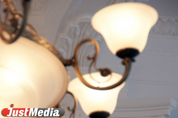 Иззарплат свердловчан взыскали 56 млн заэлектричество