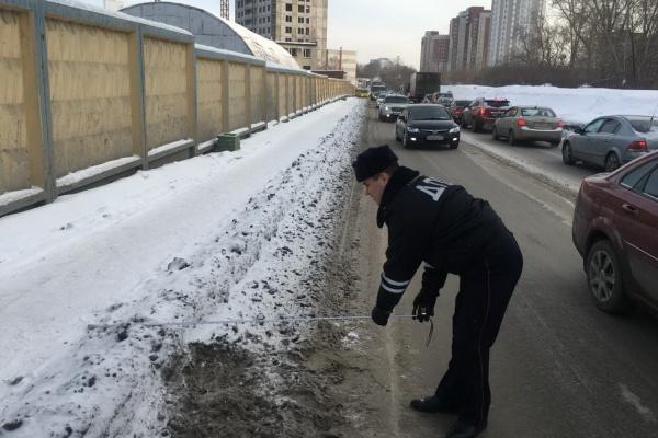 ГИБДД: неудовлетворительная работа дорожных служб провоцирует ДТП в Екатеринбурге