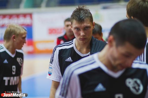 «Синара» потерпела разгромное поражение в полуфинале кубка России по мини-футболу