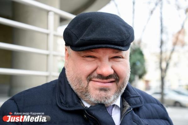 Антон Баков, политик: «У нас приходится идти по гололеду и думать, что ты сломаешь в этом году. В Екатеринбурге -9, но, по-прежнему, ветрено. ВИДЕО