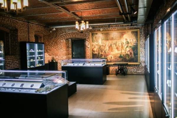В новом арт-пространстве в центре Екатеринбурга откроется «Золотая комната» и нумизматическая выставка