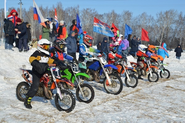 Звезды мотоспорта побывали в гостях у ОАО «Хлебная база № 65» в честь Дня защитника Отечества