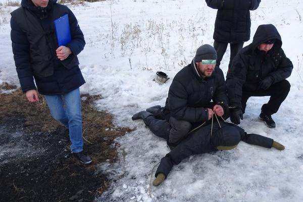 В Реже уголовник задушил и сжег собутыльника