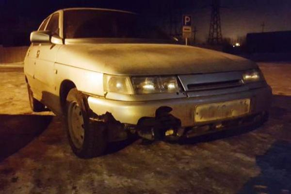 В Краснотурьинске водитель «двенадцатой» сбил пешехода и скрылся