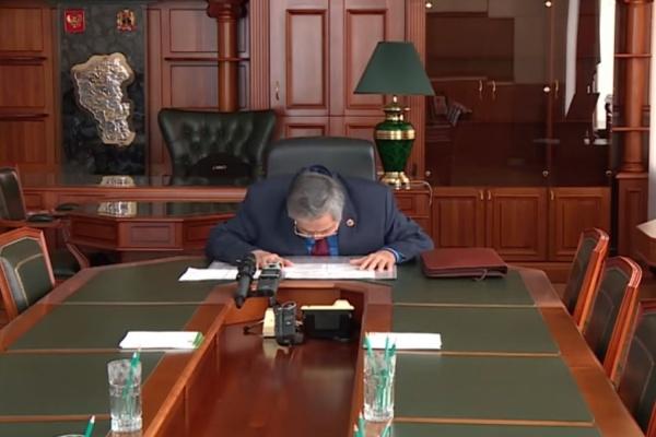 Тулеев подал в отставку. Во главе Кемеровской области может стать уралец