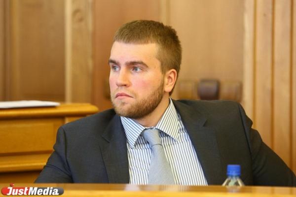 Депутат Вихарев предложил горожанам посадить себя. ФОТО