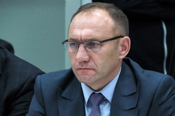 Администрация Ирбита согласилась изменить правила записи на прием к Геннадию Агафонову
