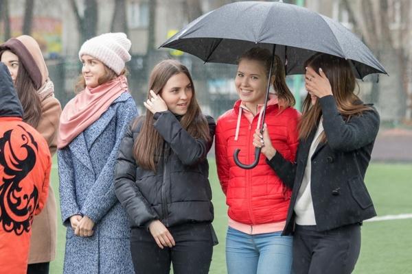 Двести уральских студентов устроили флешмоб в поддержку баскетбольной команды УГМК в «Финале Четырех». ФОТО, ВИДЕО