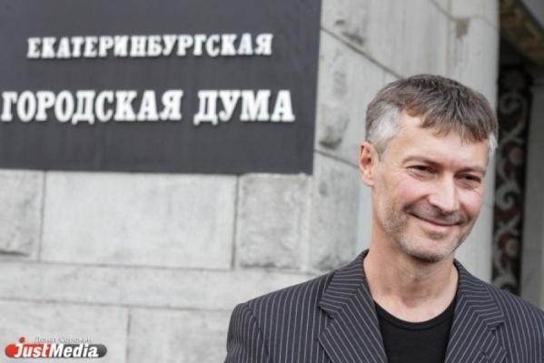 Чернецкий считает, что Ройзман мог взять на себя больше полномочий, но не сделал этого