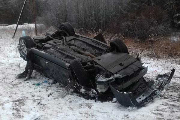 С утра на Урале в двух ДТП пострадали восемь человек