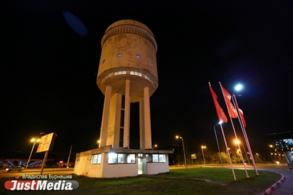 Забирались на колокольни, каланчи и небоскребы. В Белой башне в Ночь музеев покажут Свердловск и Екатеринбург с высоты