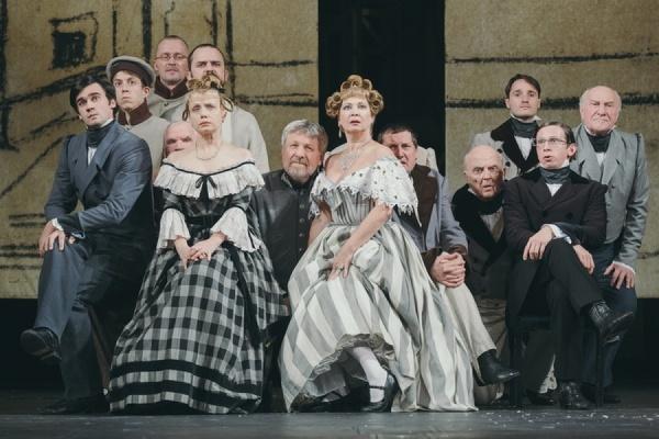 Александрийский театр покажет екатеринбуржцам «Ревизора» и «Женитьбу» Гоголя
