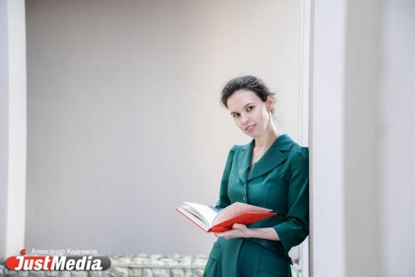 Мария Брагина, сотрудник библиотеки Белинского: «Надеюсь, что тепло сохранится до самой осени». В Екатеринбурге +23 и без осадков. ФОТО, ВИДЕО.