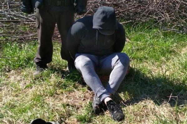 В Екатеринбурге неизвестные избили бизнесмена и потребовали от него, угрожая травматом, 1 миллион рублей