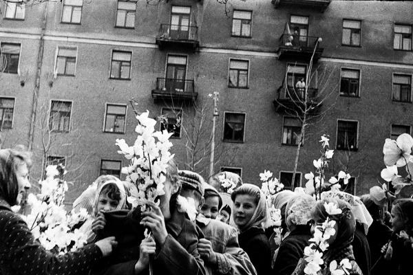 В Доме Метенкова покажут семейных архив фотографа-любителя из Асбеста за 50 лет