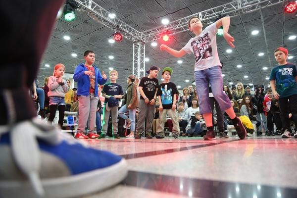Хип-хоп батлы, мастер-классы и много подарков: 1 июня состоится открытие самого масштабного развлекательного центра в Нижнем Тагиле