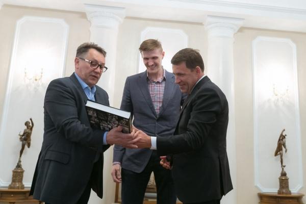 Куйвашев обсудил проблемы развития баскетбола на Урале с президентом федерации баскетбола