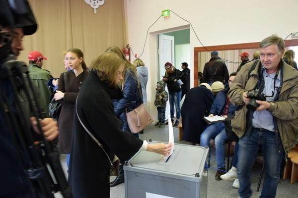 Счетные участки на праймериз закрылись на подсчет голосов. Явка в Екатеринбурге – около 9 %