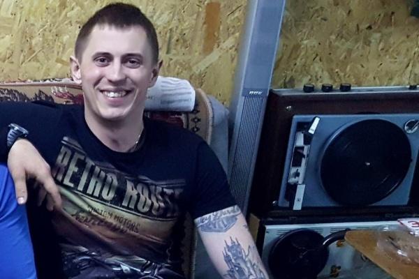 Жители Богдановича собирают деньги на протез байкеру, попавшему в ДТП