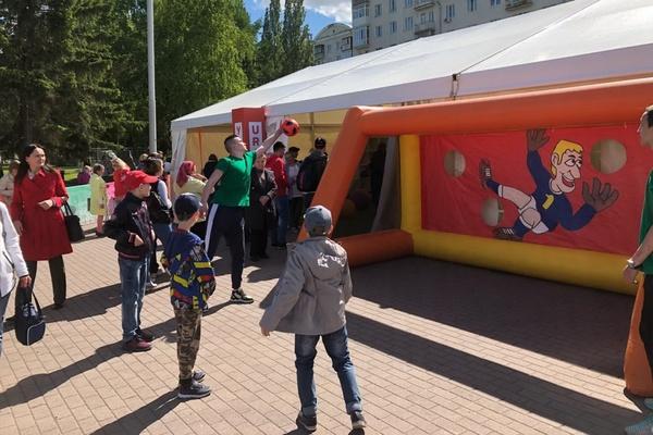 Для гостей ЧМ-2018 напечатали 420 тысяч путеводителей по Екатеринбургу и Свердловской области