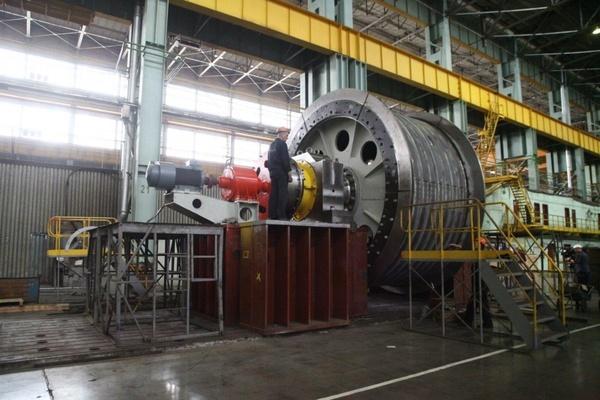 Уралмашзавод произвел для Гайского ГОКа первую в России шахтную подъемную машину