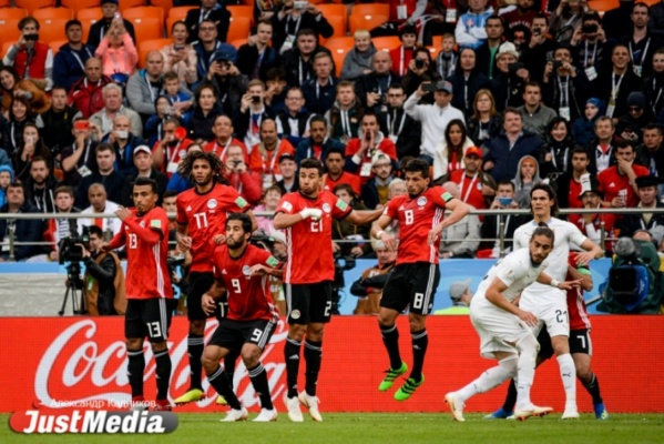 «Это наша гарантия». Тренер сборной Египта пообещал, что Салах выйдет на поле в матче с Россией