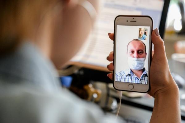 Россияне все чаще обращаются за консультациями к специалистам онлайн
