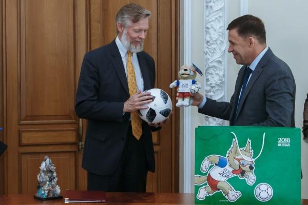 Посол Швеции рассказал Куйвашеву, как иностранные болельщики и полицеские оценивают проведение матчей ЧМ-2018 на Урале