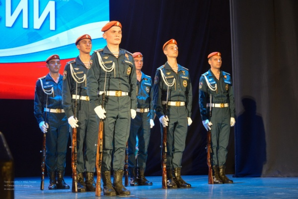 Лучшие сотрудники свердловской полиции получили премии «Офицеры России»