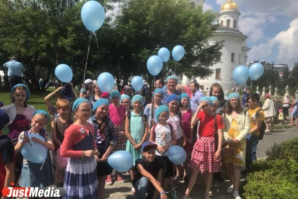 «Все прочувствовали, помолились, даже поплакали». В Екатеринбурге отпраздновали юбилей Тихвинской икона Божией Матери
