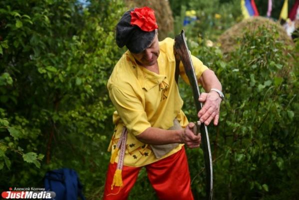 В VII международном турнире косарей в Свердловской области примет участие самый сильный человек планеты