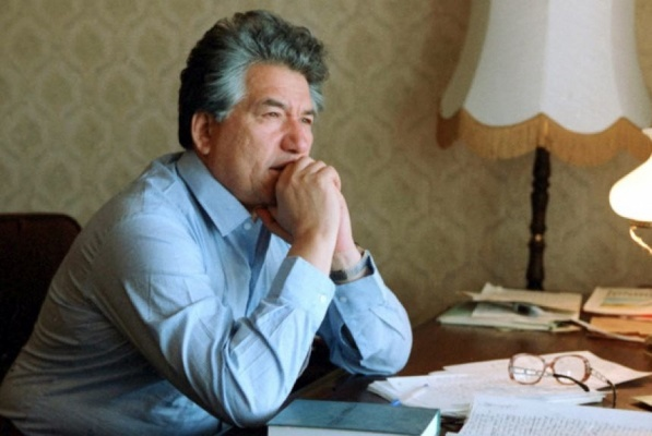 Улицу вЕкатеринбурге назовут вчесть Чингиза Айтматова