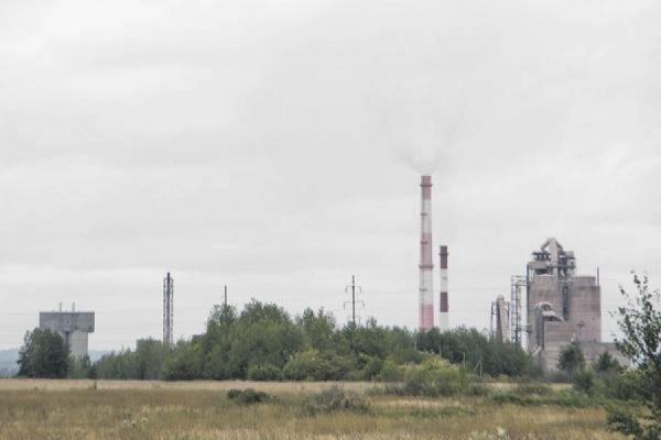 «Невьянский цементник» загрязняет атмосферу без разрешения