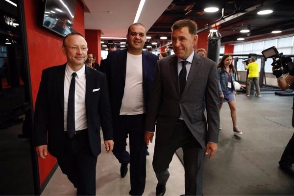 «В Москве такого не увидишь!» Екатеринбург может принять четвертьфинал второго сезона Всемирной боксерской суперсерии