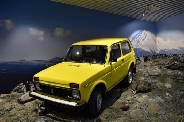 В Музее автотехники УГМК с отрогов Джомолунгмы спустилась «Нива»