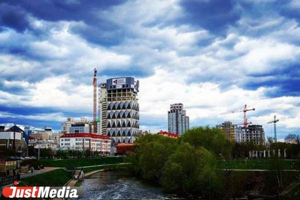 Реконструкция набережной Исети за 170 млн рублей начнется после Дня города