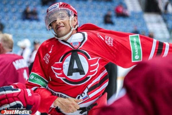 Хоккеист санкт-петербургского СКА Павел Дацюк стал почетным гражданином Екатеринбурга