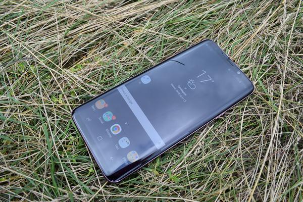 На фото: Samsung S9 plus