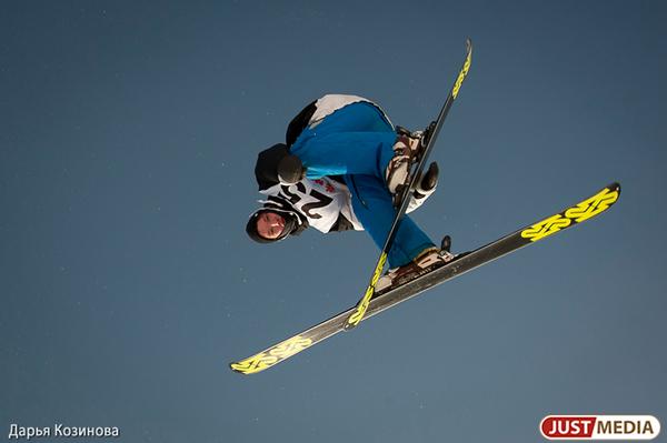 68 летающих лыжников из 15 стран мира спрыгнут с трамплина на горе Долгой