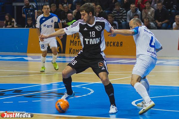 «Синара» дважды переиграла «Тюмень» и закрепилась на первом месте в Суперлиге