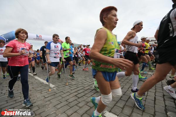 «Финиш стал главным разочарованием нынешнего забега». Депутат раскритиковал организацию марафона «Европа-Азия»