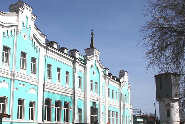 В Камышлове реставрируют каменное здание вокзала 1885 года постройки